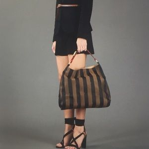 🆕 Fendi Amarena Pequin stripe Hobo Bag 👜